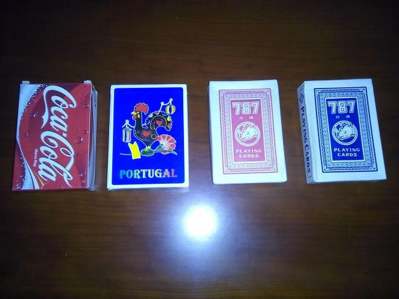 4 baralhos/jogos de cartas novos. - 1/2