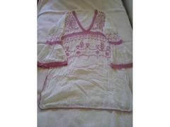2 túnicas + top, tamanho L/40