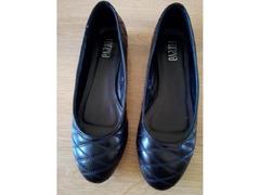 """Sapatos/Sabrinas de marca """"Foreva"""""""