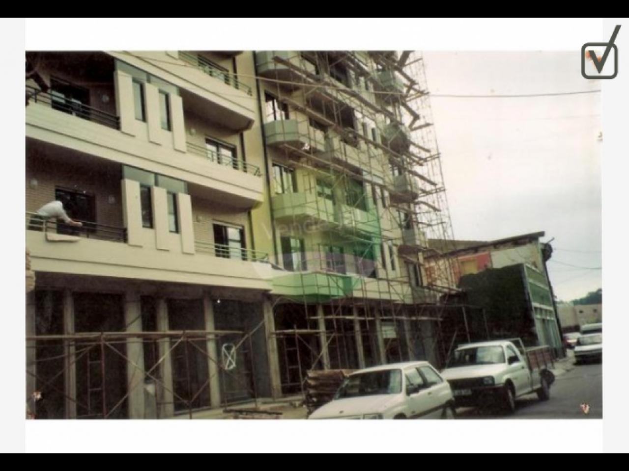 Construção Pinturas Trolha Tectos Falsos Etc, - Porto - 1/1