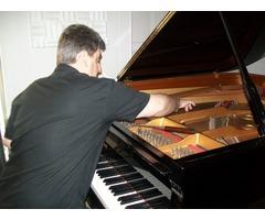 Afinador de pianos .Lisboa