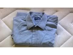 Camisas em segunda mão